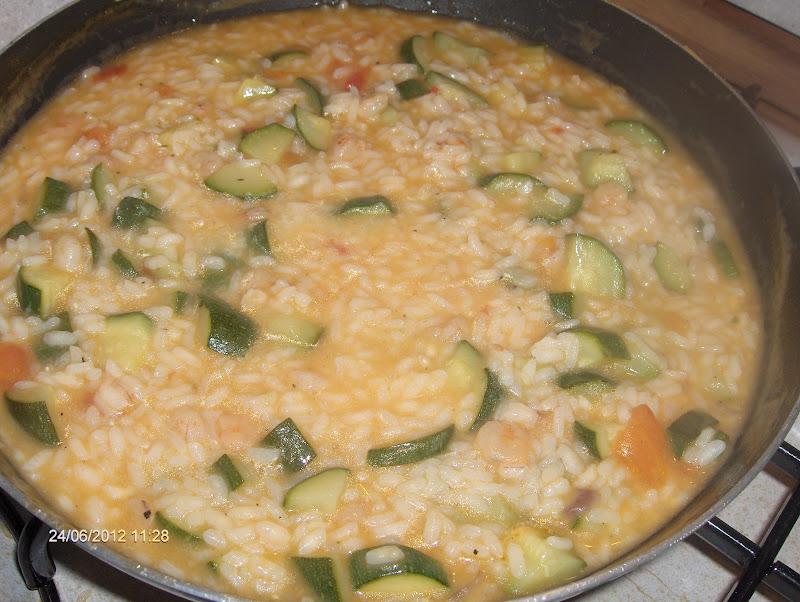 Risotto con zucchine gamberetti e pomodoro cucina mon amour for Ricette culinarie
