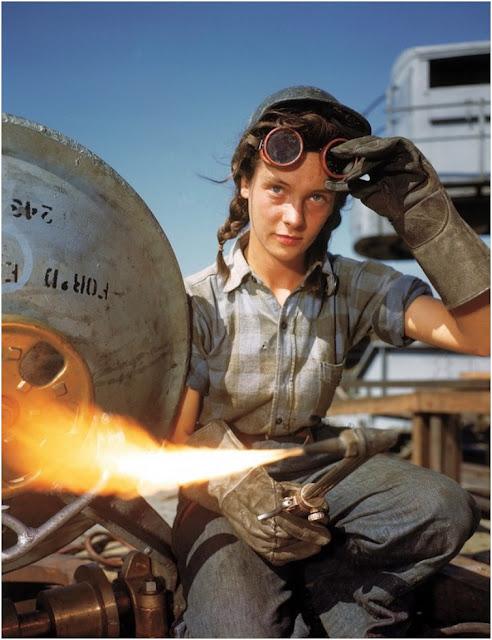women workers worldwartwo.filminspector.com