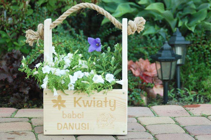 Pomysł na prezent | skrzynka na kwiaty - eprezenty.pl