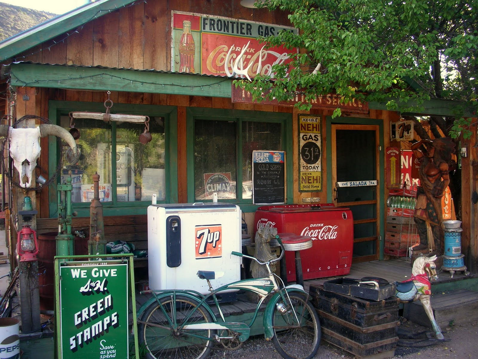 6e12fb8392d Neglected Beauty.: Roadside beauty: Embudo, NM Gas Station Museum