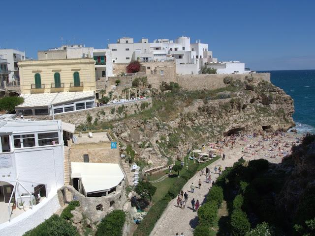 urwiste wybrzeże Włochy, plaża, wakacje