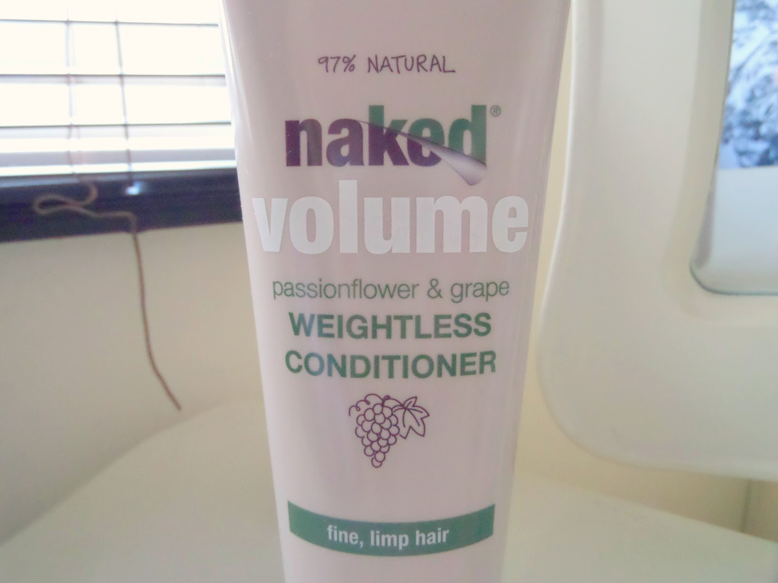 Naked  Weightless Conditioner