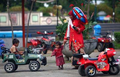 Penyewaan Mainan Mobil Dan Motor Anak