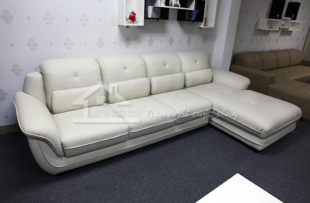 Sofa cao cấp bán sẵn tại showroom