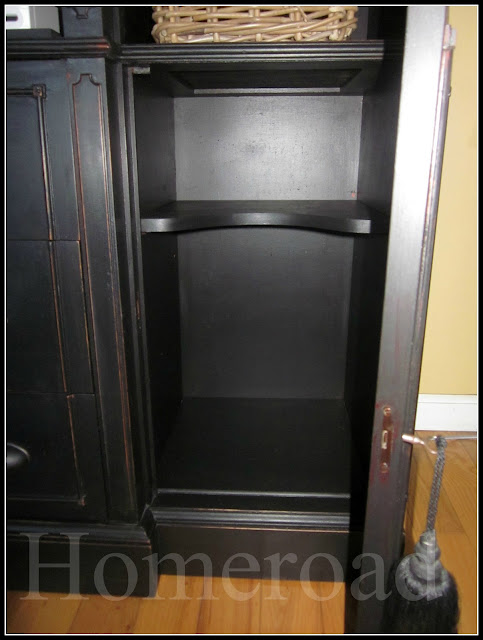 repurposing a hutch into a TV stand www.homeroad.net
