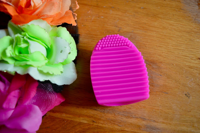 PS Silicone Brush Cleaner review