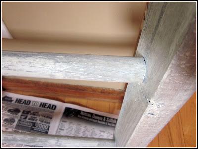 rustic and repurposed ladder organizer www.homeroad.net