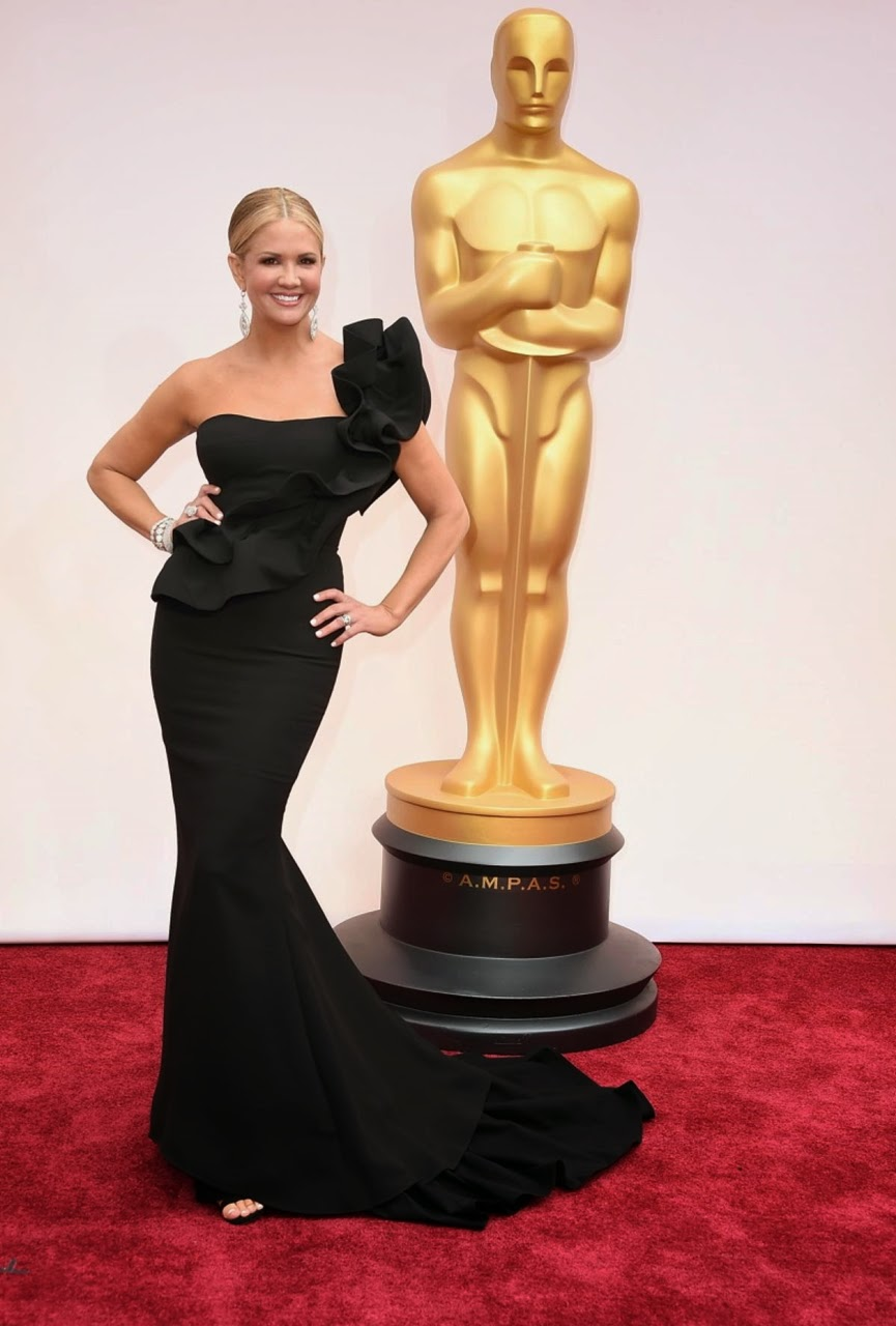 nancy o dell oscar kirmizi hali