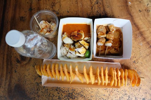foto makanan lembang floating market
