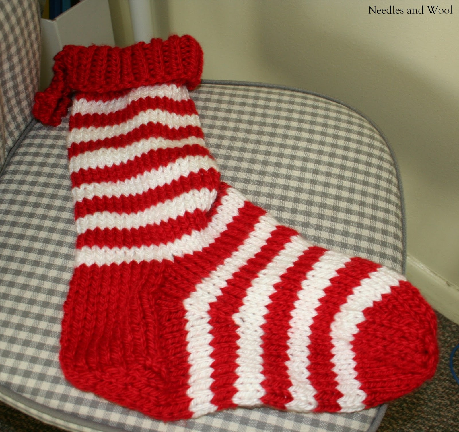 Needles and Wool: Knitted Jumbo Christmas Stocking
