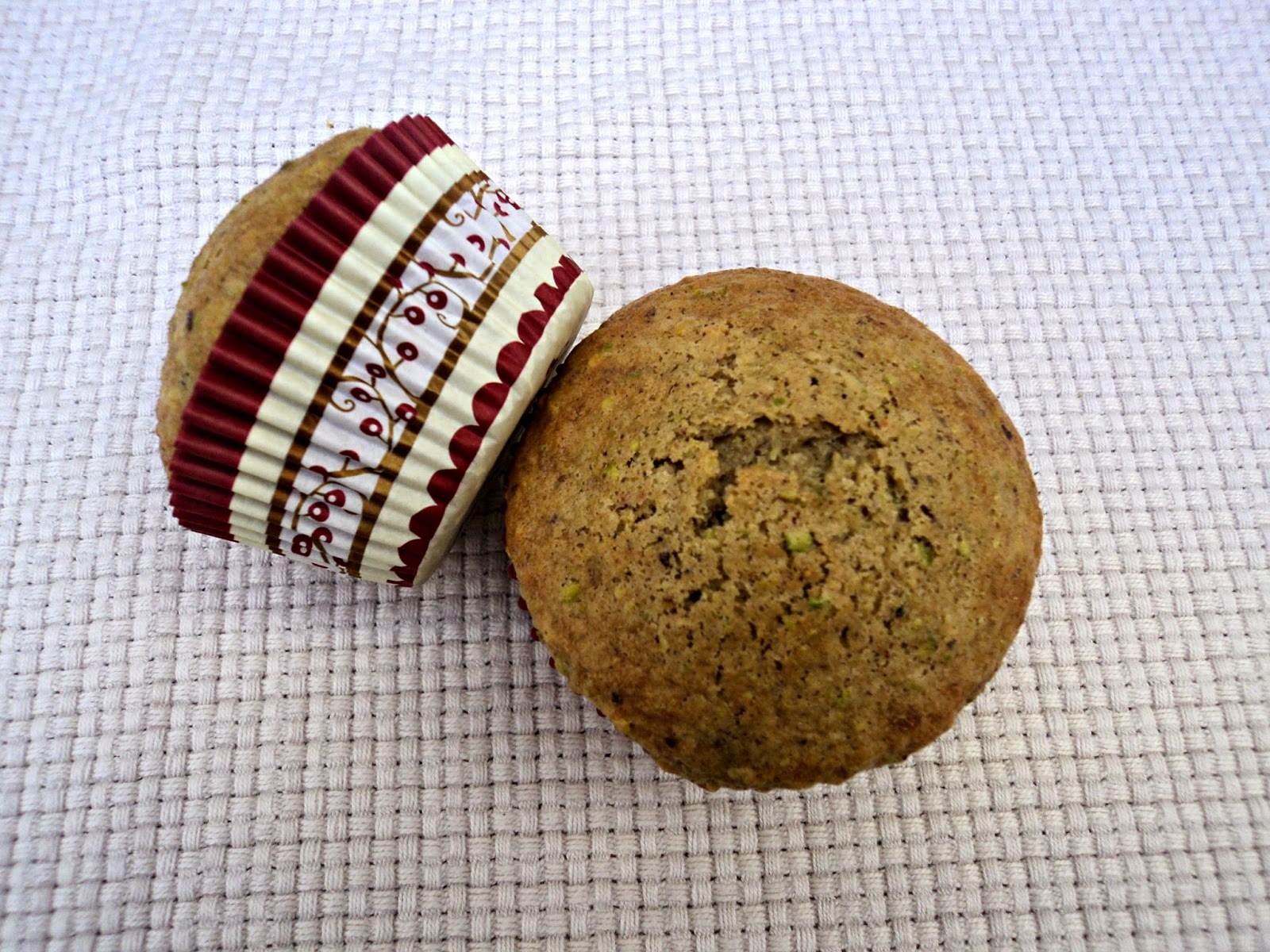 magdalenas-yogur-griego-pistachos-navideñas