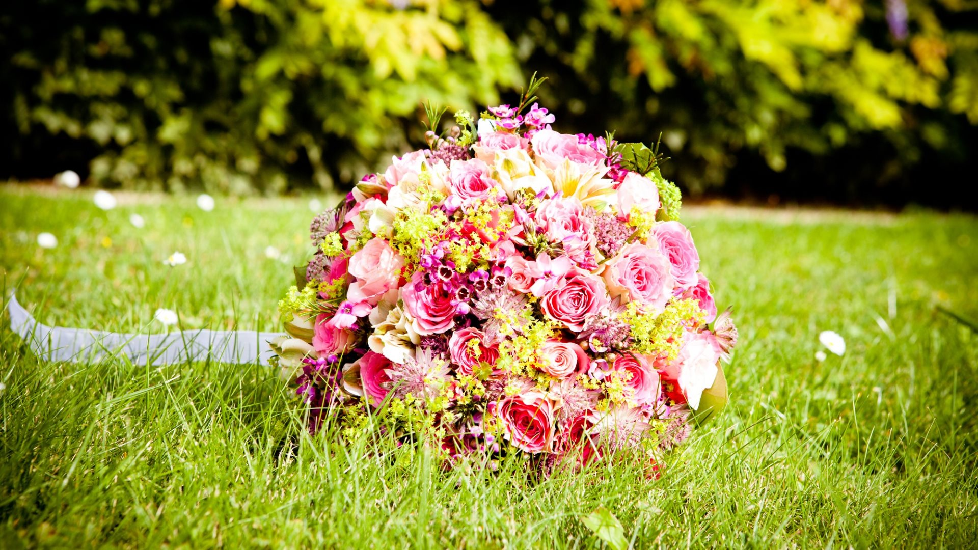 Wedding Bouquet Definition : Romantic moments wallpapers in hd k and wide sizes