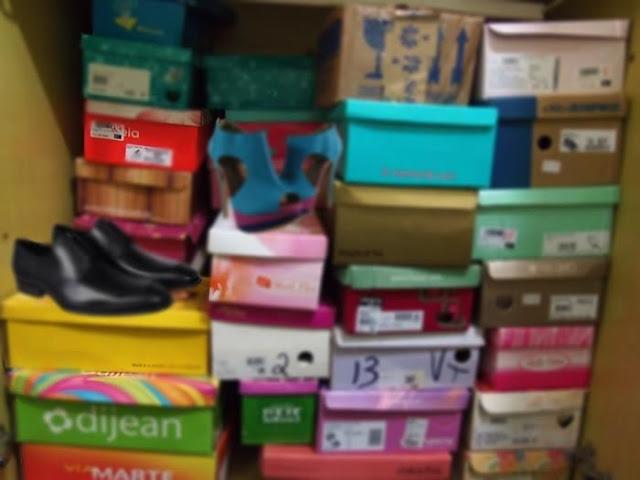 Muitos sapatos