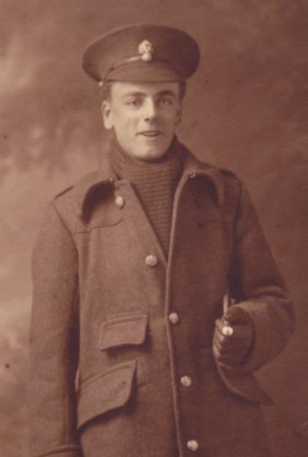 The Vintage Pattern Files: Free 1910's Knitting Pattern - Herbert's Scarf