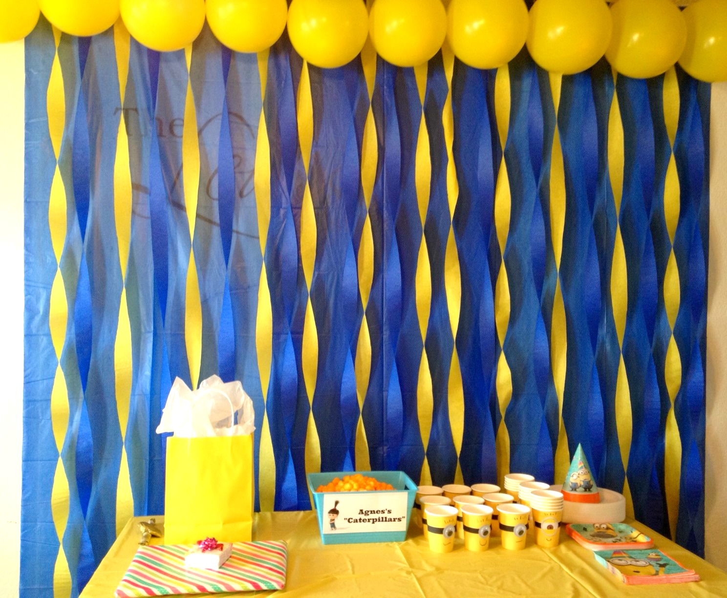 At Littlest Party Toys We Have Ready Made Birthday Banners And Decorations Including Balloons