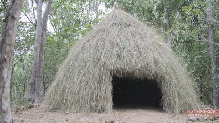 Cabana de palha - Primitive Technology