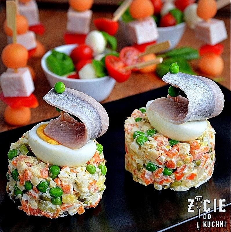 sylwester, sledz, sledzik po japonsku, salatka jarzynowa, zycie od kuchni