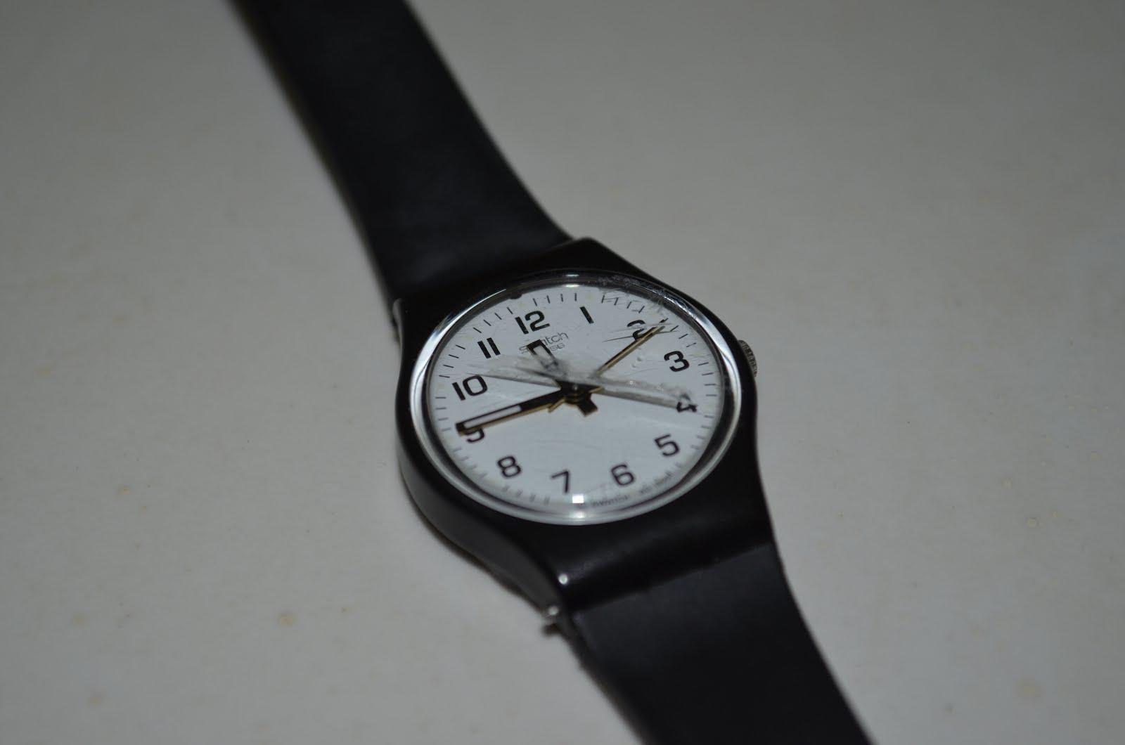 aeaab275151 Teria que levar em algum relojoeiro para ver se existe a possibilidade de  trocar o vidro ou usar assim mesmo.