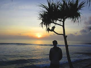 Perbedaan Tempat Wisata Pantai Nusa Dua dan Kuta Bali