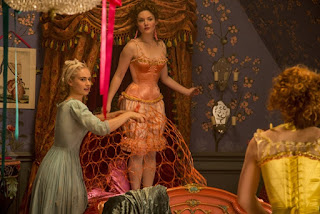 cinderella-lily james-holliday grainger-sophie mcshera