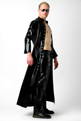 latex cuero leather