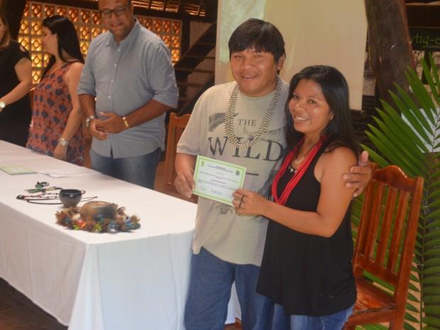 Mulheres indígenas concluem curso de alimentação em Cacoal