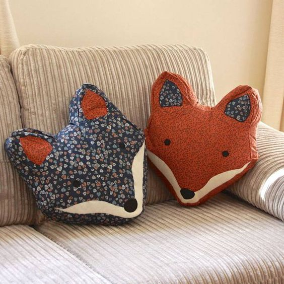 pillow-fox