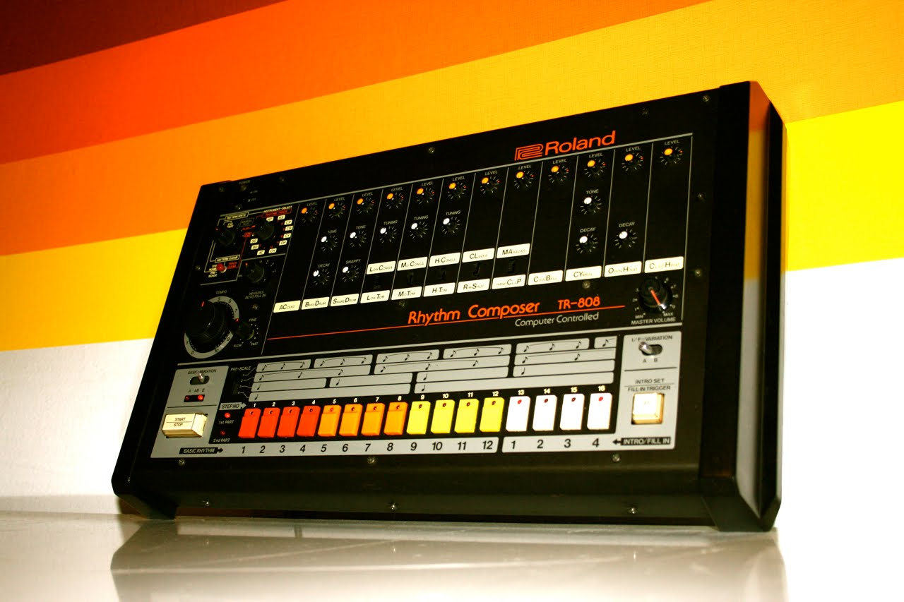 filled lungs tribute to the roland tr 808. Black Bedroom Furniture Sets. Home Design Ideas
