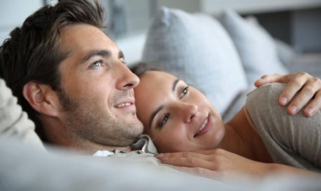 7 τρόποι που ένας άνδρας δείχνει ότι σε αγαπάει
