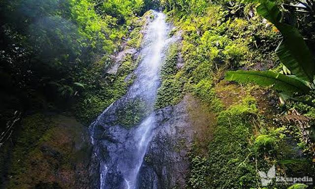 Air terjun Kembar Baladewa | Banyubiru