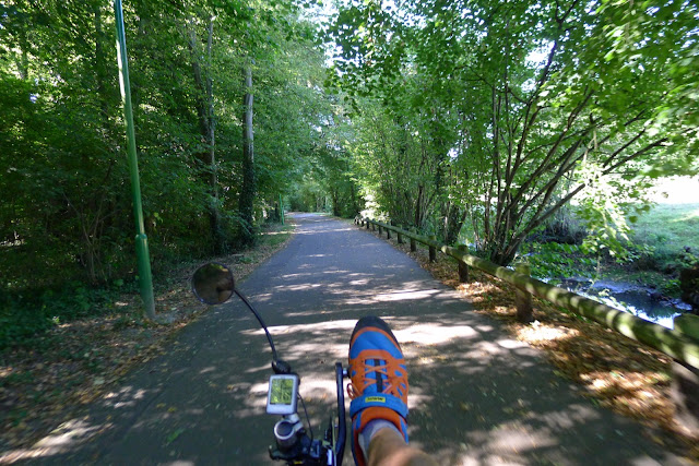 De Paris à la Rochelle en vélo couché, pistes cyclables de Chartres