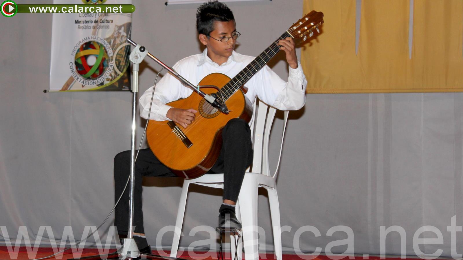 Solista guitarra - Juan José Marín Grisales