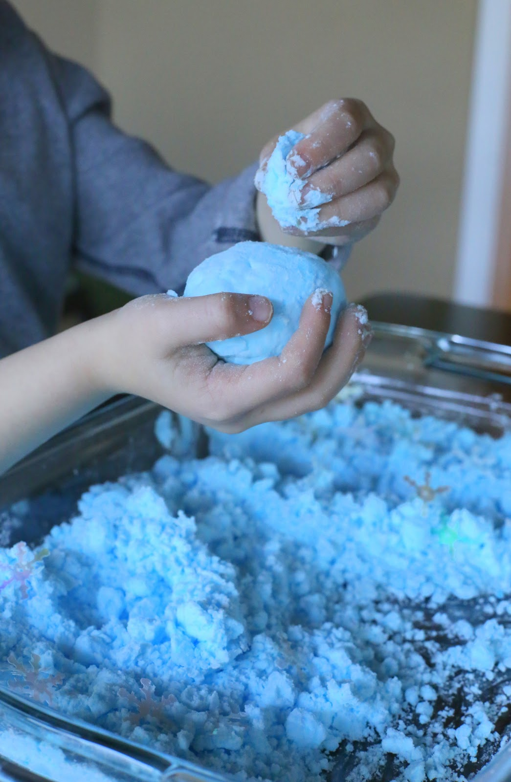 A new sensory play recipe for Magic Puffing Snow - it slowly puffs up and will even re-puff after it's been compressed.  From Fun at Home with Kids