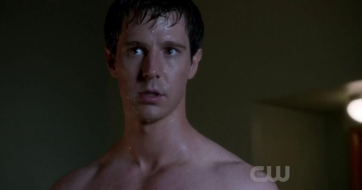 Jason Dohring Shirtless in Ringer s1e15 - Shirtless Men at ...