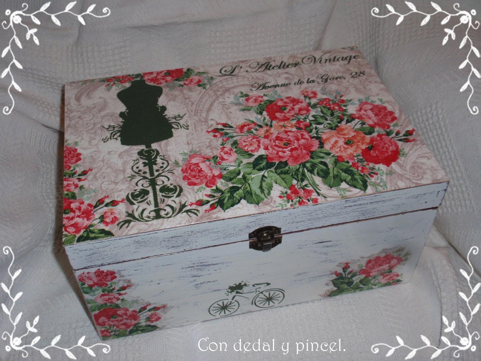 con dedal y pincel caja madera xxl l atelier vintage. Black Bedroom Furniture Sets. Home Design Ideas