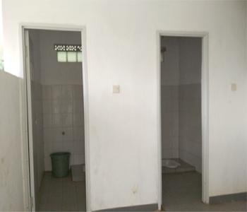 toilet-di-tebing-keraton-bandung-notes-asher