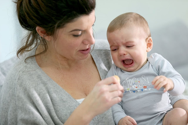 الصراخ عند الاطفال الرضع وكيفية تهدئته .