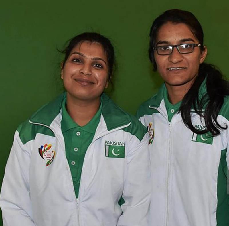 spanking-pakistani-female-boxer