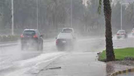 هيئة الأرصاد الجوية تتوقع سقوط أمطار ما بين الساعة الخامسة والسابعة بعد العاصفة الرملية