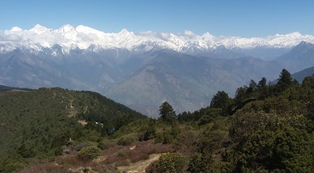 Langtang Valley and Gosaikunda Trekking, Laurebina