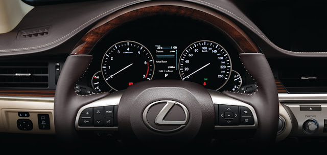ES250 Gallery 8 -  - Đánh giá sedan hạng sang Lexus ES 250 2016 : Tinh hoa của sự sang trọng