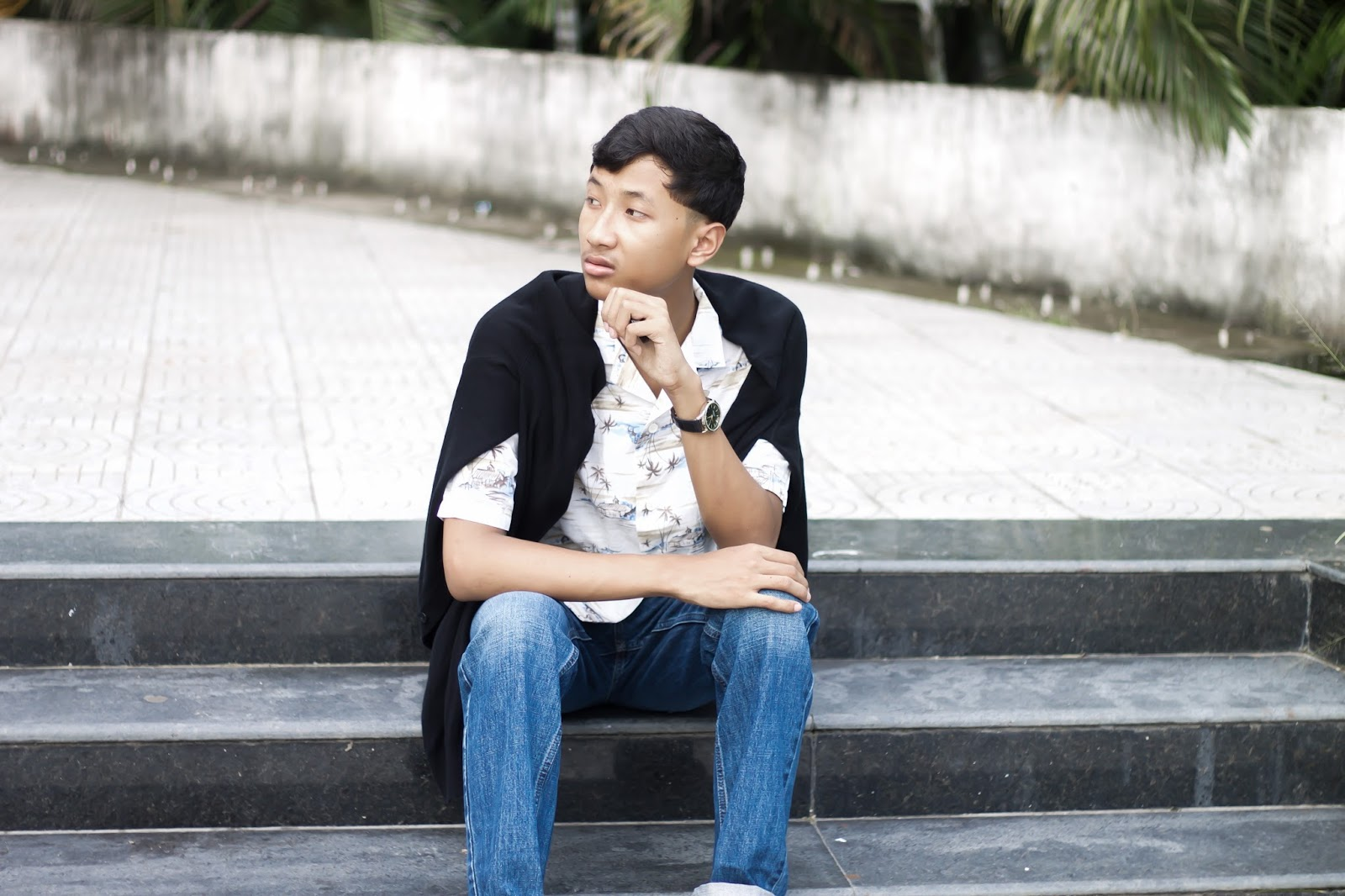 TheQuirkyMinimal by Kangkan Rabha Menswear blogger wearing Hollister jeans, Koovs Espadrille, tropical print shirt