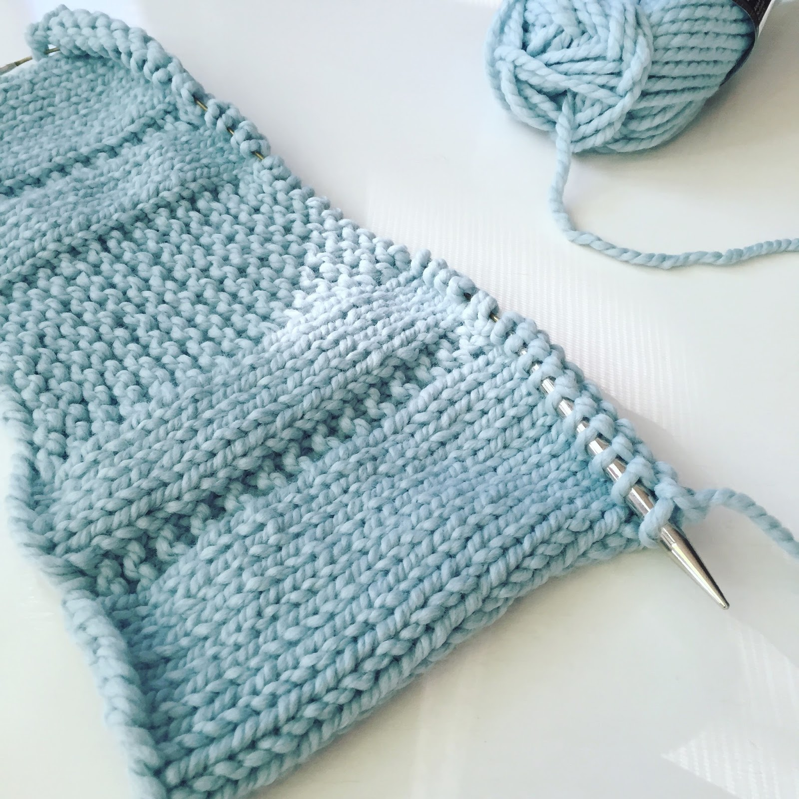 Knitting Patterns For Bulky Weight Yarn : Fifty Four Ten Studio: The Parkway Pillow - My summer knitting project!