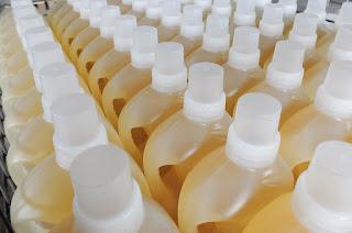 https://pixabay.com/en/bottles-jugs-liquid-detergent-1453997/