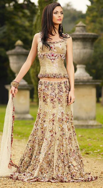 Women Fashions: Asian bridal Dresses