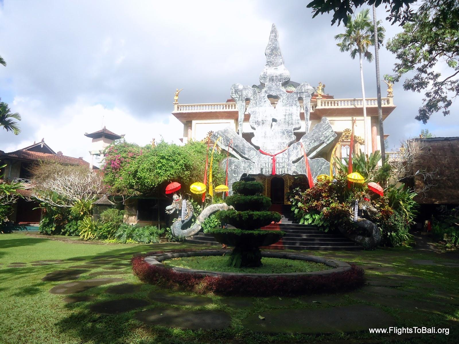 The Blanco Renaissance Museum, Bali   Ticket Price