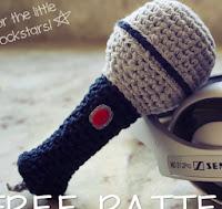 http://craftiemarie.blogspot.com.es/2013/03/patron-microfono-sonajero.html