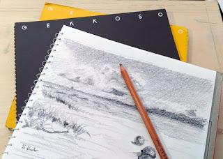 月光荘のスケッチブックにラフスケッチを描いたところ