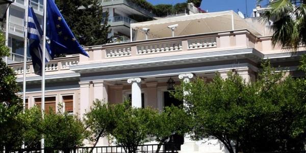 Κοινωνική έκρηξη, αποδοκιμασίες υπουργών - βουλευτών και φαινόμενο ΣΥΡΙΖΑ εναντίον ΣΥΡΙΖΑ προκαλούν πονοκέφαλο στο Μαξίμου