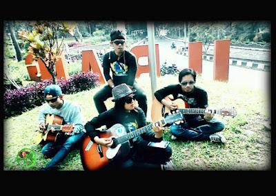 "Lagu URANG SUBANG - Grup band asal kota Subang ""SELATAN BAND"""